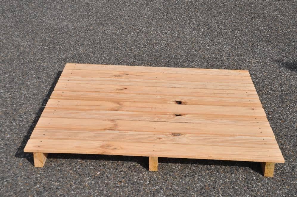 palette plancher plein en bois sur mesure fabrication et vente de palettes en bois toulouse. Black Bedroom Furniture Sets. Home Design Ideas
